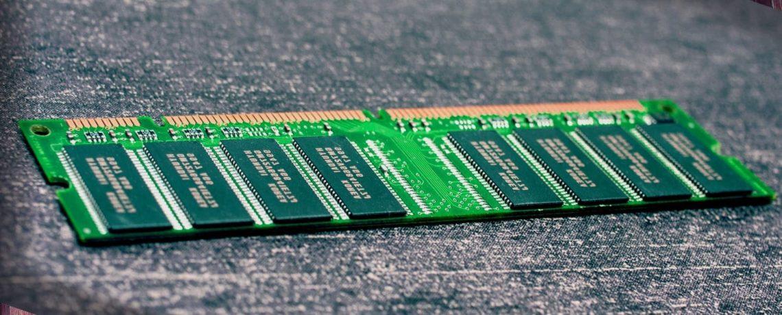 une barette de mémoire RAM pour ordinateur fixe Desktop